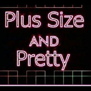 Plus Size sign